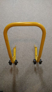 Motorcycle swing arm jack/stand