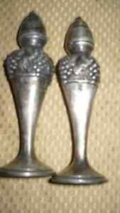 "ANTIQUE ""VIKING SILVER PLATE E.P. LEAD"" SALT & PEPPER SHAKERS"" Kitchener / Waterloo Kitchener Area image 4"