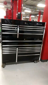 FS: Snap on tool box and top cabinet