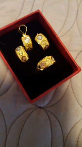 21k stemped saudi gold