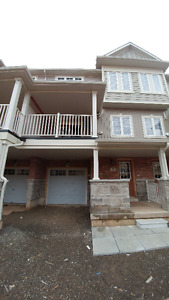 Townhouse for rent in Waterdown, ON