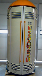 Sundome 48XL stand up tanning bed