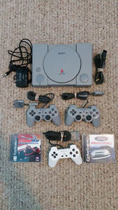 SONY PLAYSTATION *PS1 Console & Controllers