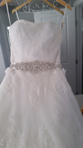 BEAUTIFUL  wedding dress REDUCED