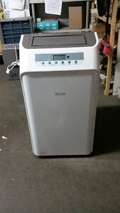 ** BRAND NEW AIR CONDITIONER 3 IN 1 **