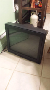 Television 20 inches/pouces