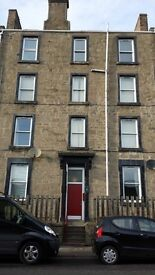 4 BEDROOM STUDENT FLAT ON CLEGHORN STREET, IDEAL FOR STUDENTS AT BOTH UNIVERSITIES.