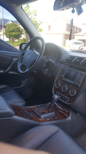 2004 Black Mercedes Benz ML 350
