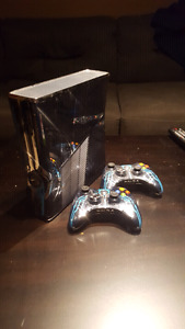 Xbox 360 halo 4 special edition.55 games. 6 controlers
