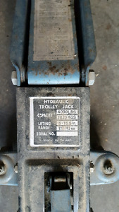 2 ton car jack w/ 3 ton stands