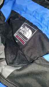 The North Face Men's Parka size Medium  Kingston Kingston Area image 3