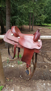 "Comfortable 16"" Western Rawhide Saddle"