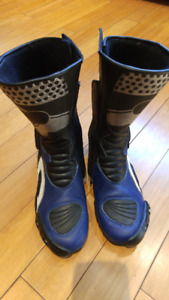 RACER Motorcycle boots (Fits size 9 - 9.5 US)