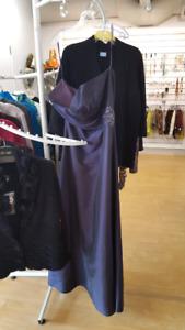 BEAUTIFUL DRESS SIZE 16