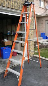 8 foot Industrial Lite fiberglass stepladder
