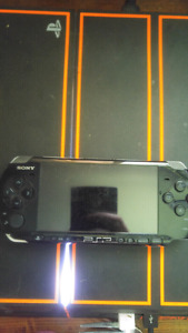 Psp 3001 - no charger comes w Daxter