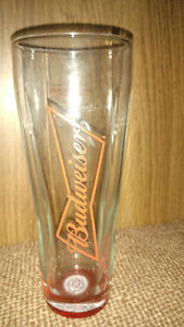 12 Brand NEW Budweiser branded beer glasses