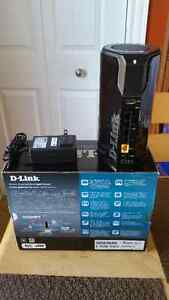 D-Link Cloud Router in excellent working and cosmetic condition. St. John's Newfoundland image 5
