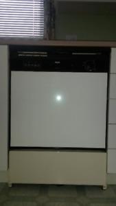 Lave-vaisselle Inglis