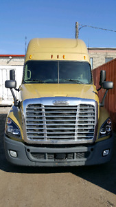 2012 Cascadia with 4 year extended warranty
