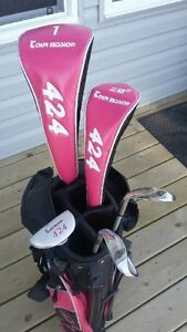 Young Girls Tour Mission beginner golf set