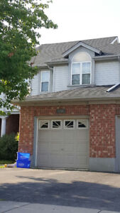Beautiful Town home Available in Cambridge - June 1st