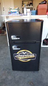 American Vintage Mini Fridge