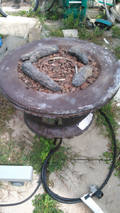 Outdoor fireplace propane works well 100$