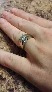 Beautiful engagement wedding band combo. Appraised at  $3931.00 Kingston Kingston Area image 3
