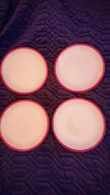4 x Denby Intro Alfresco Red Dinner plates