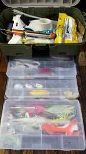 LIKE NEW SALT WATER FISHING GEAR// ALL PERFECT CONDITION