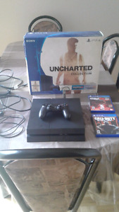 Selling Playstation 4 with 6 Games (NEGOTIABLE)
