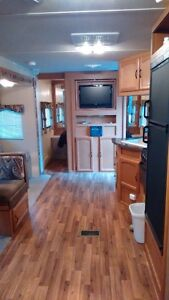 2011 Wildwood 29BHBS travel trailer