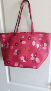 "Treat Yourself to Quality...BN, ""Coach"" Spring Blossoms Purse"