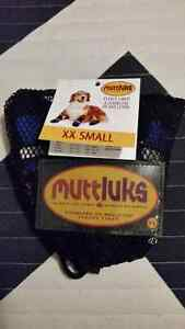 Set of BRAND NEW 4 BLUE XX Small Fleece lined Muttluks