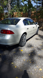 2011 Buick Lucerne Sedan-LOW KMS-MINT CONDITION-new tires