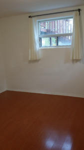 Basement Apartment for student near centennial College and UTSC