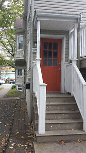 SUBLET: Bedroom in shared apt for summer *male only*