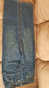 BNWT Brand name youth jeans