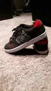 BRAND NEW DC SHOES ~BACK TO SCHOOL