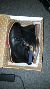 Size 9.5 US boots
