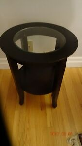 End Table - Round, Glass Top, Dark Stained Wood, 18(diam) x 22
