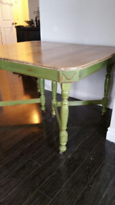 VI NTAGE DINING TABLE WITH CHAIR SALE!!!!!!!