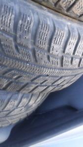 2 pneus d'hiver 205/55R16