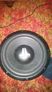 12 inch jl audio sub and 2 amps