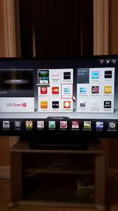 Perfect condition LG SMART TV with smart remote