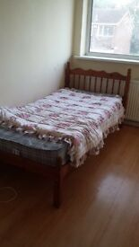 Single room to rent in gipsy lane£240pcm