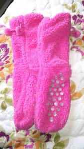 Lot of misc ladies items, slippers, scarves, how bazaar skirts