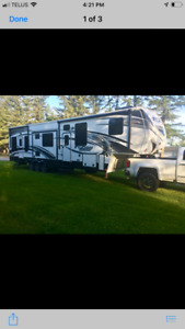 Fusion chrome 404 2014. In perfect condition!! Light used.