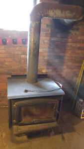 NEW PRICE Osburn 2000 wood stove with electric fan